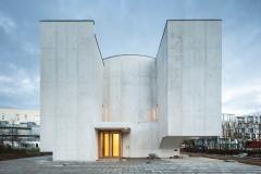 Feherbeton-templom-Brittany-1